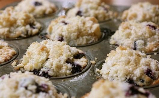 crumb muffins are a blueberry streusel muffins blueberry crumb muffins ...