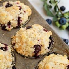 blueberry-muffins_AFarmgirlsDabbles_AFD-2
