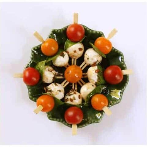 This Caprese kabob recipe is made with fresh tomatoes and mozzarella. So yummy!