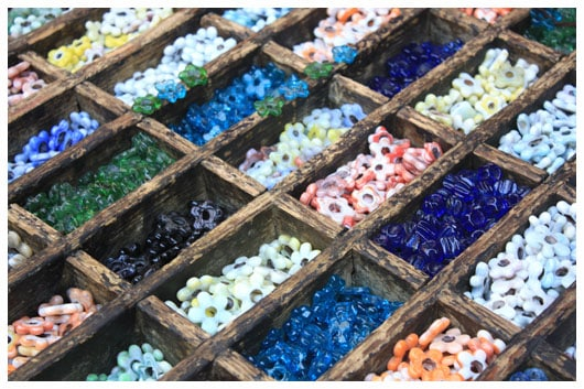 flower shaped glass beads