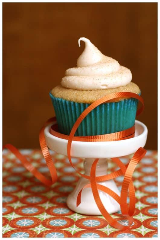 Snickerdoodle Cupcakes • a farmgirl's dabbles