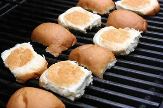 burger buns on the grill