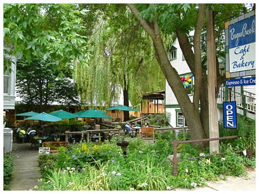 Bogus Creek Cafe & Bakery