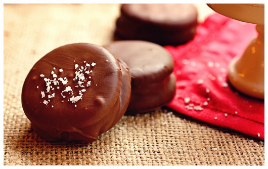 sandwich cookies chocolate dipped chocolate apricot sandwich cookies ...
