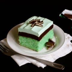 mint and chocolate cake dessert