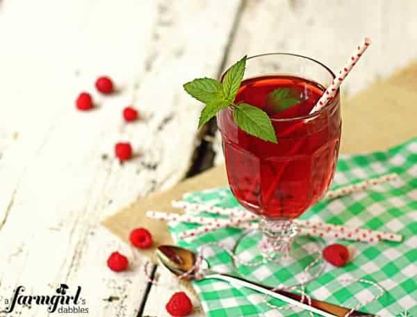 how to make raspberry sweet tea
