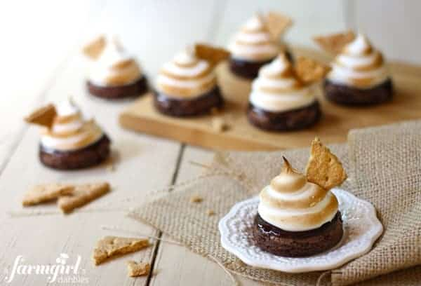 brownie bites with marshmallow frosting