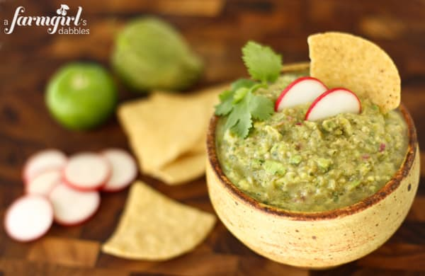chips and tomatillo guacamole