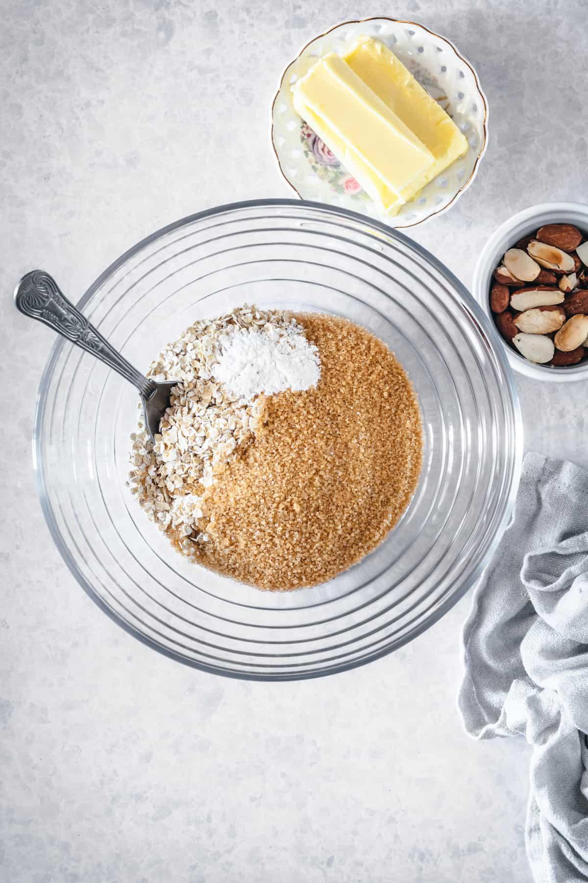 Apple crisp dry ingredients in a bowl