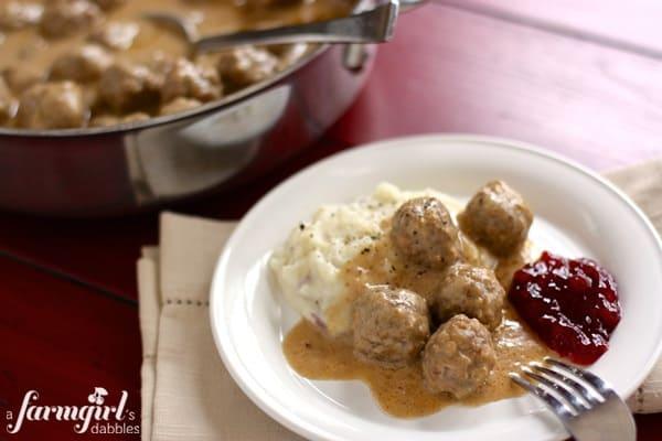 swedish meatballs - www.afarmgirlsdabbles.com