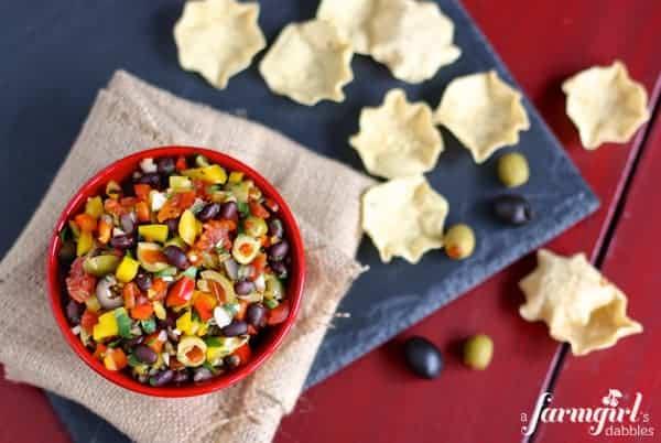 black bean salsa with olives - www.afarmgirlsdabbles.com