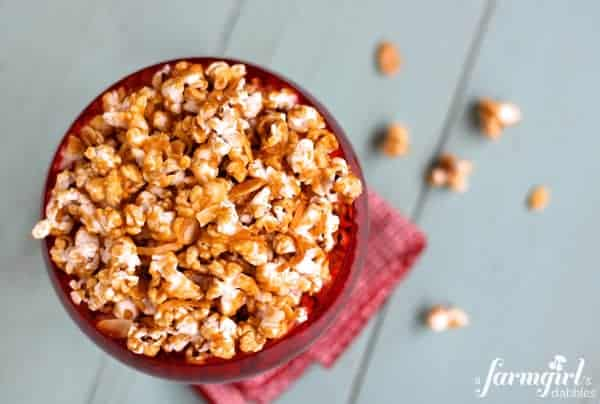 cinnamon caramel corn with coconut and almonds