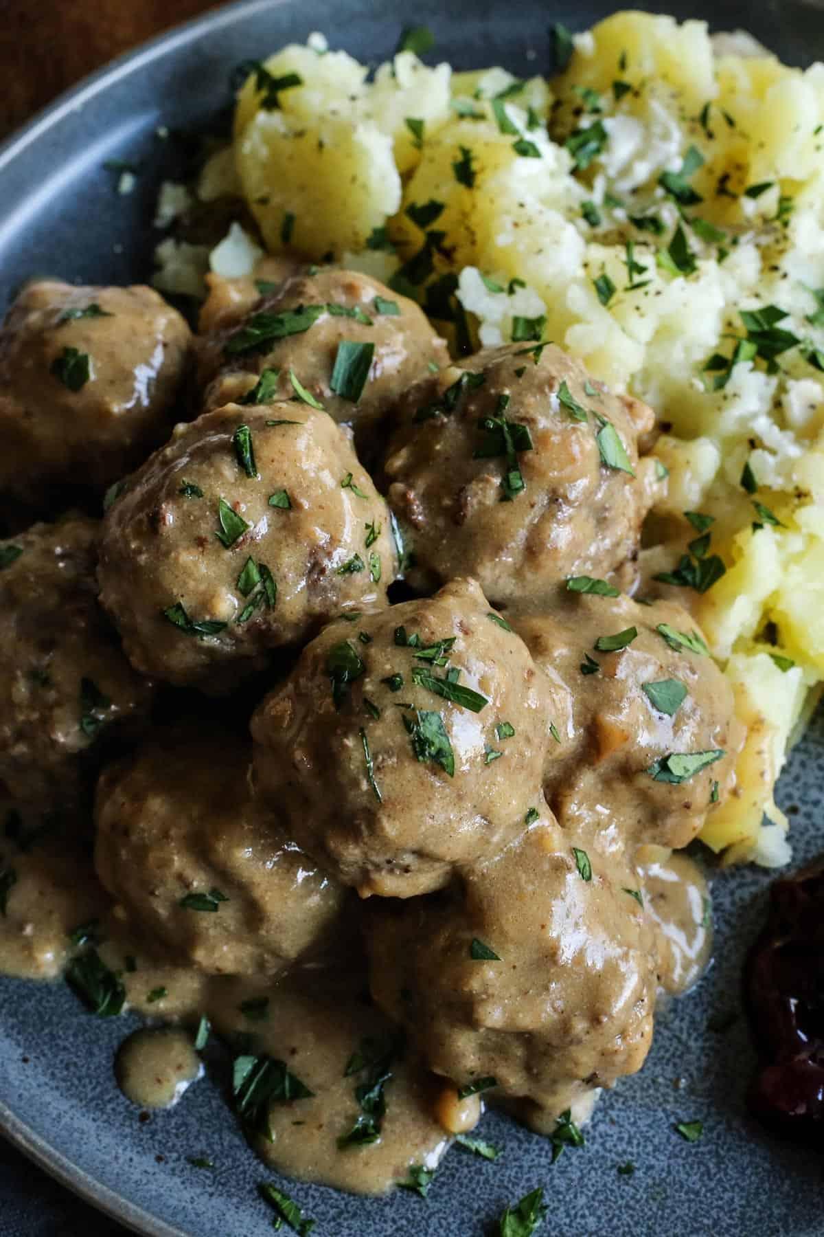 Swedish meatballs with gravy and potatoes