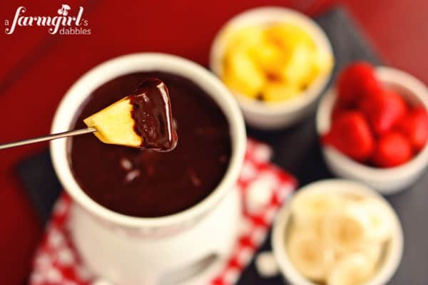 chocolate marshmallow fondue
