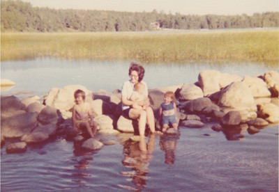 Mom and girls at Itasca 1976