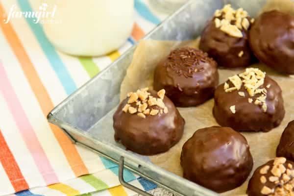 Peanut Butter Bonbons the Size of Texas {with toffee bits & potato chips} - www.afarmgirlsdabbles.com