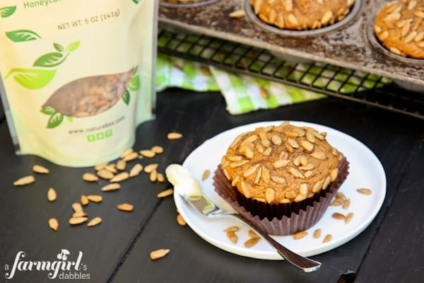Whole Wheat Pumpkin Muffins with Honeycomb Sunflower Kernels - www.afarmgirlsdabbles.com