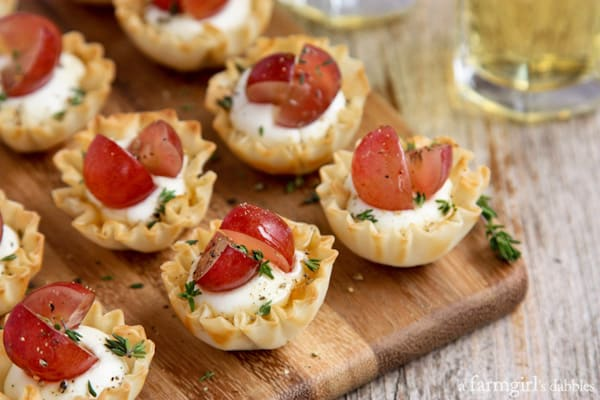 grape and thyme goat cheese cups