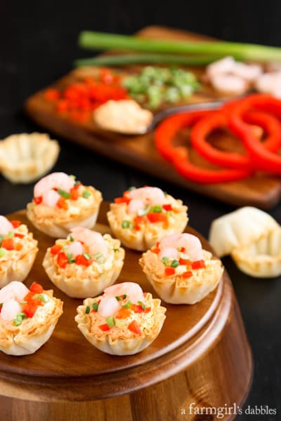 phyllo cups filled with sriracha shrimp