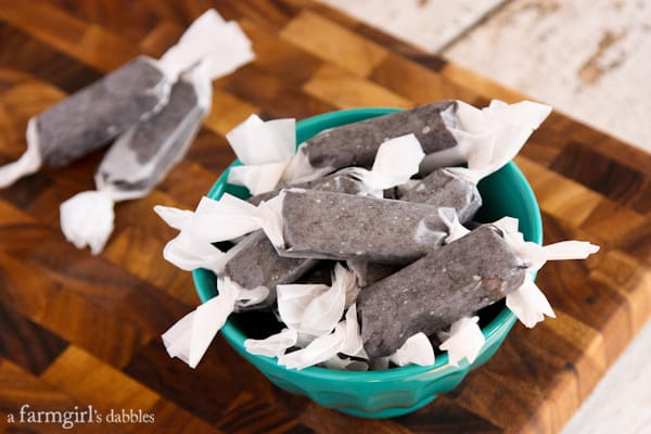 Black Licorice Caramels - afarmgirlsdabbles.com
