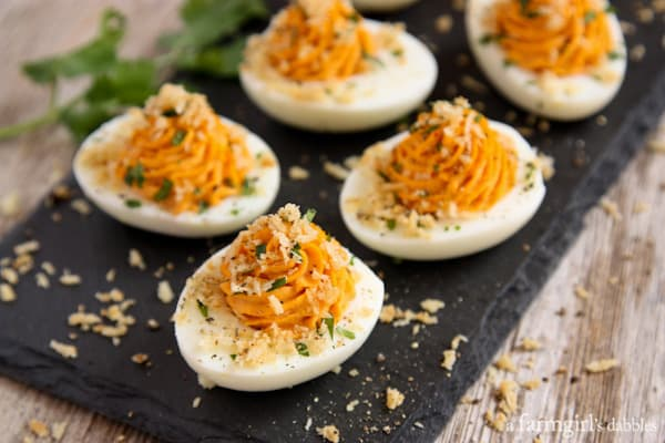Sriracha Deviled Eggs with Garlic Toast Crumb Topping - afarmgirlsdabbles.com