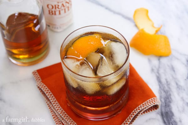 Bacon Bourbon Old Fashioned - afarmgirlsdabbles.com #PorkBucketList #bacon #bourbon #oldfashioned