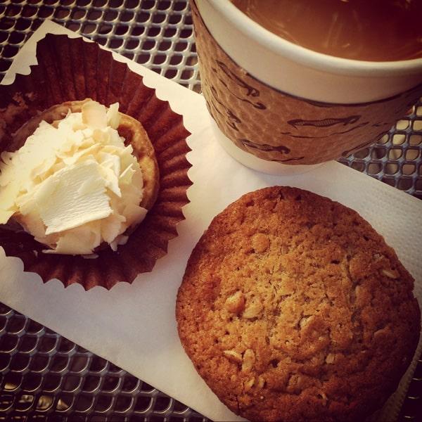 Dahlia Bakery in Seattle, WA - afarmgirlsdabbles.com