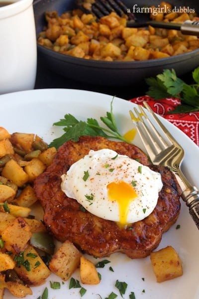 Spiced Maple Chicken Burgers with Sweet Potato and Apple Hash - afarmgirlsdabbles.com #chicken #breakfast
