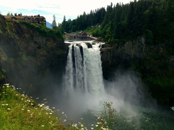 Snoqualmie Falls, Washington - afarmgirlsdabbles.com #afdtravel #seattle