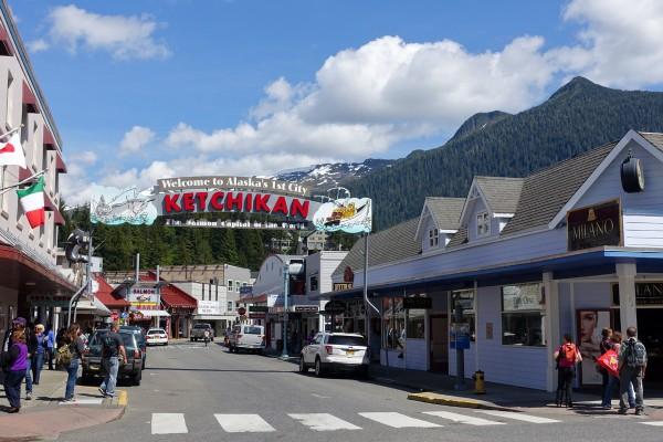 Ketchikan, Alaska - afarmgirlsdabbles.com