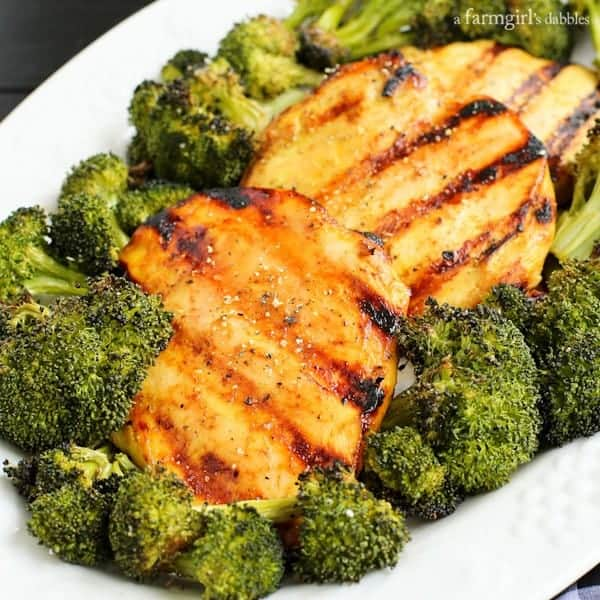 5-Ingredient Honey Mustard Grilled Chicken Breasts from afarmgirlsdabbles.com