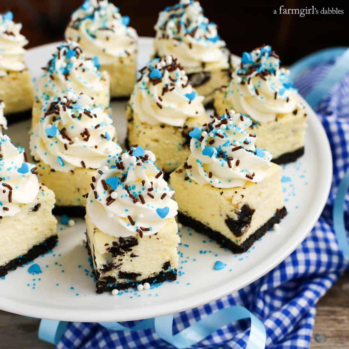 Oreo Cheesecake Bites from afarmgirlsdabbles.com