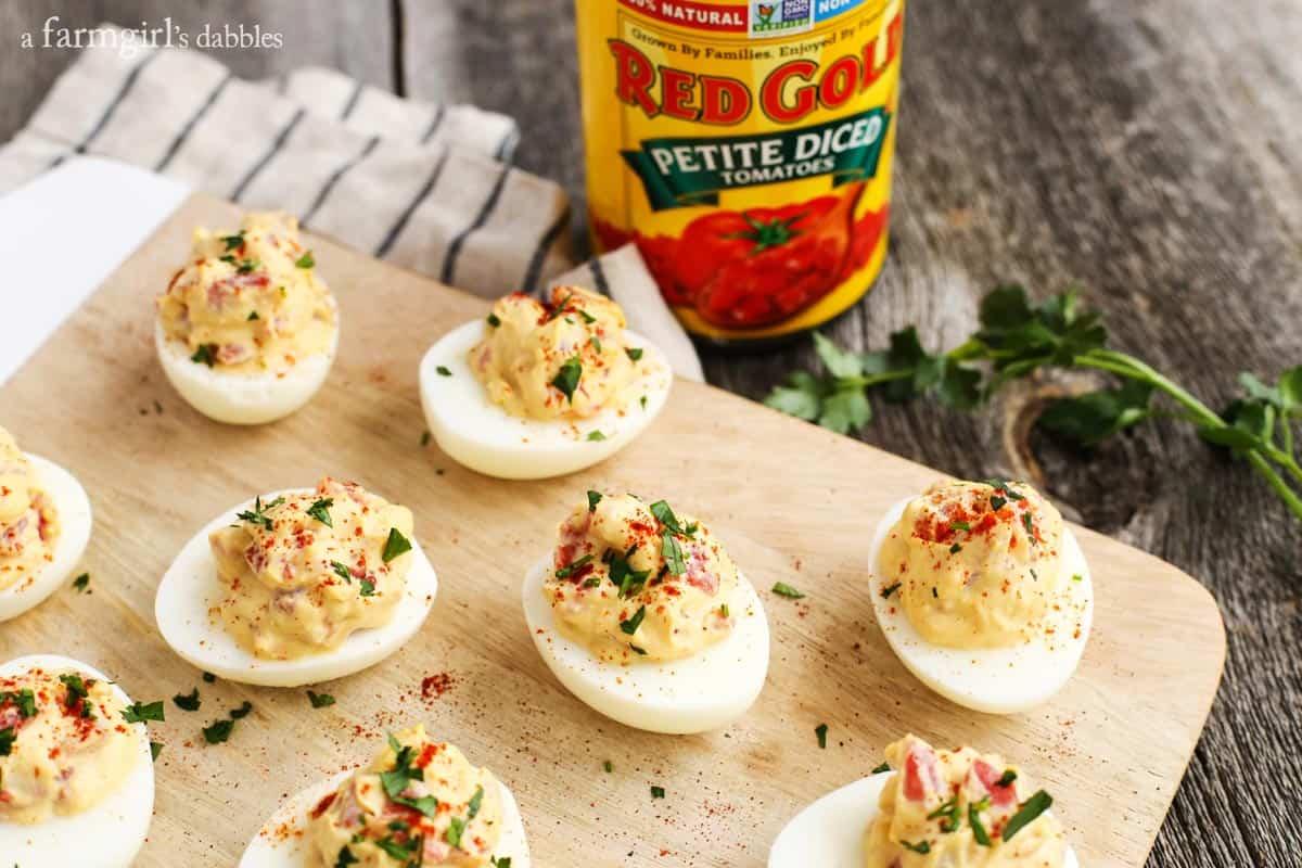 Smoky-Tomato-Deviled-Eggs_AFarmgirlsDabbles_AFD-6