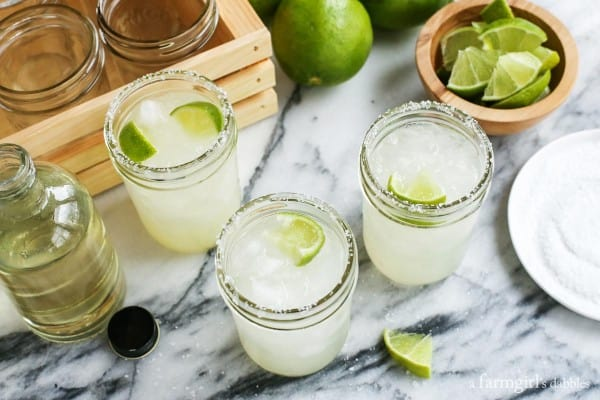 how to make a pitcher of margarita