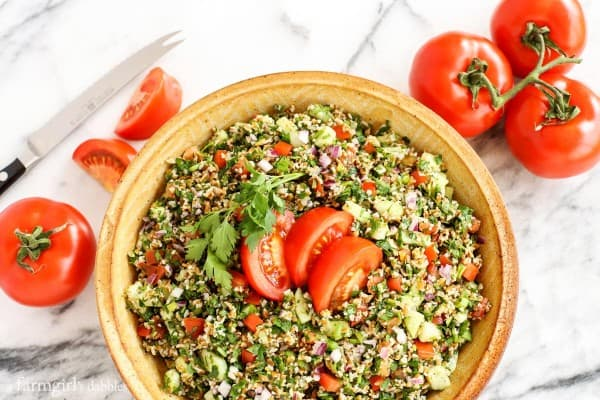 Tabbouleh and tomatoes