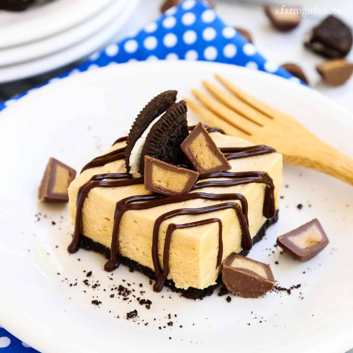 No-Bake Chocolate Peanut Butter Pie Bars