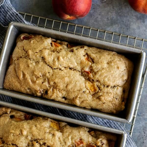 peach loaves in baking pans