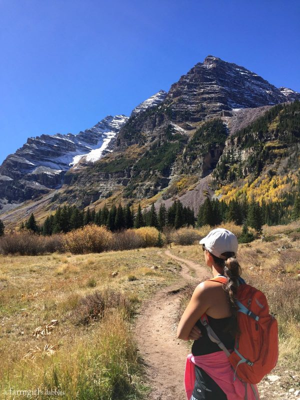 Hiking Maroon Bells near Aspen, CO from afarmgirlsdabbles.com
