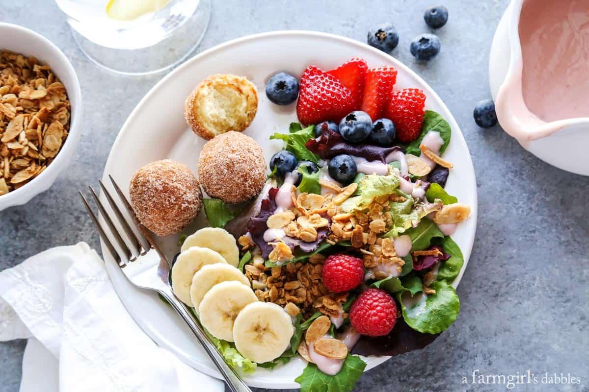 Breakfast Salad with Berry Yogurt Dressing from afarmgirlsdabbles.com