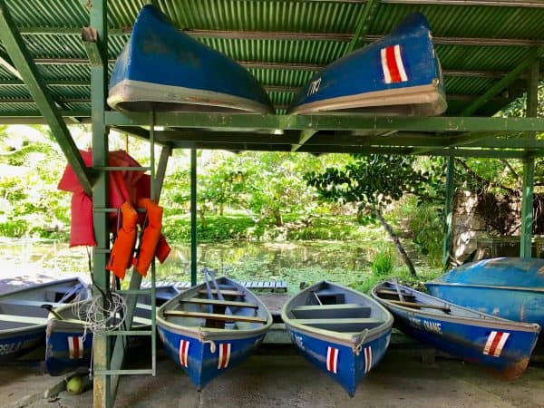 canoes in costa rica