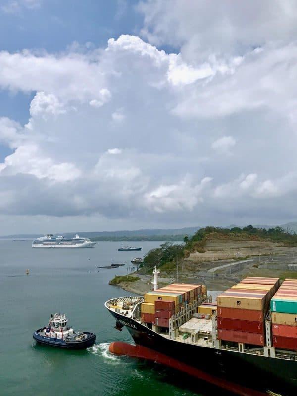 a cargo ship going through the panama canal