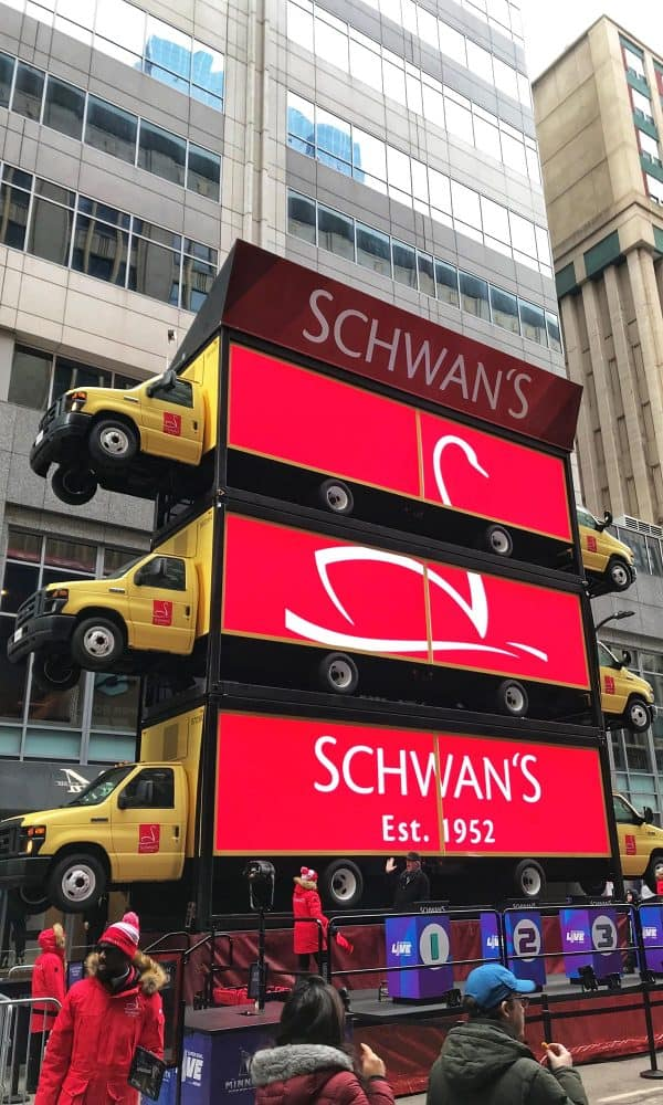 Schwan's display