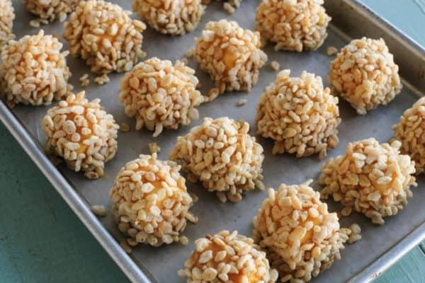 marshmallow rice krispie balls