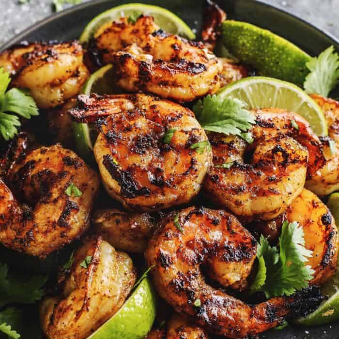 grilled shrimp and limes