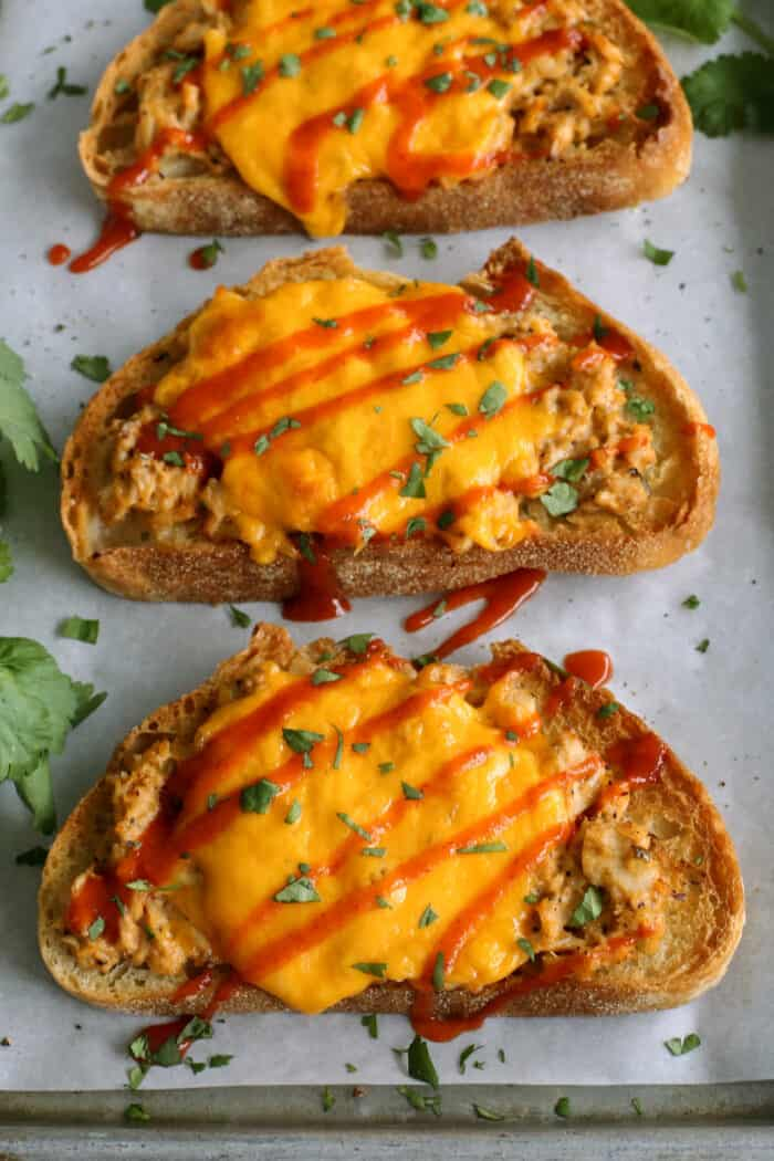 tuna melts with cheddar cheese and sriracha