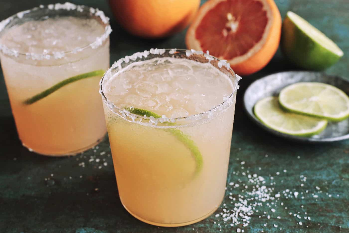 2 glasses of paloma drink