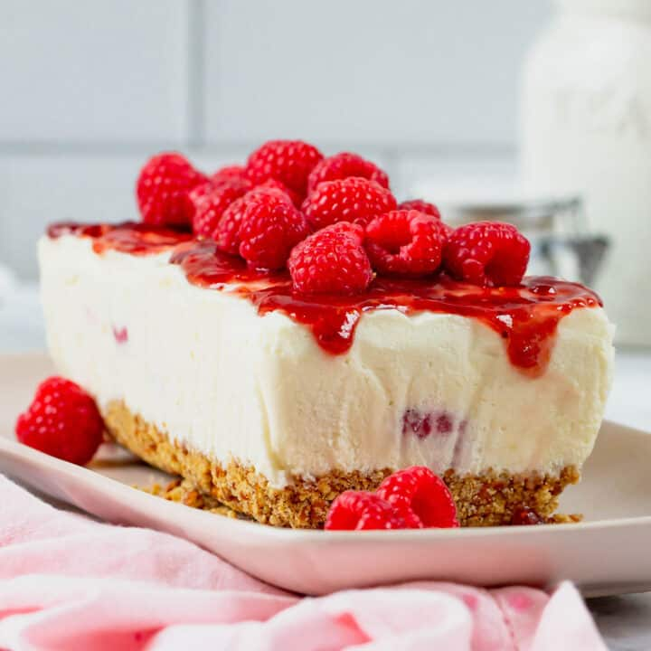 frozen dessert with a pretzels base, creamy frozen center with raspberries, and raspberry sauce topping