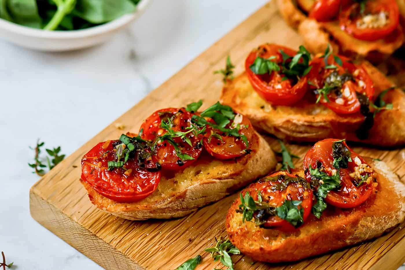 Roasted Tomatoes with Basil & Thyme l a farmgirl's dabbles