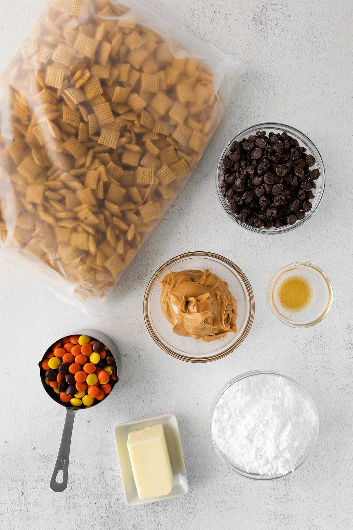ingredients for making puppy chow